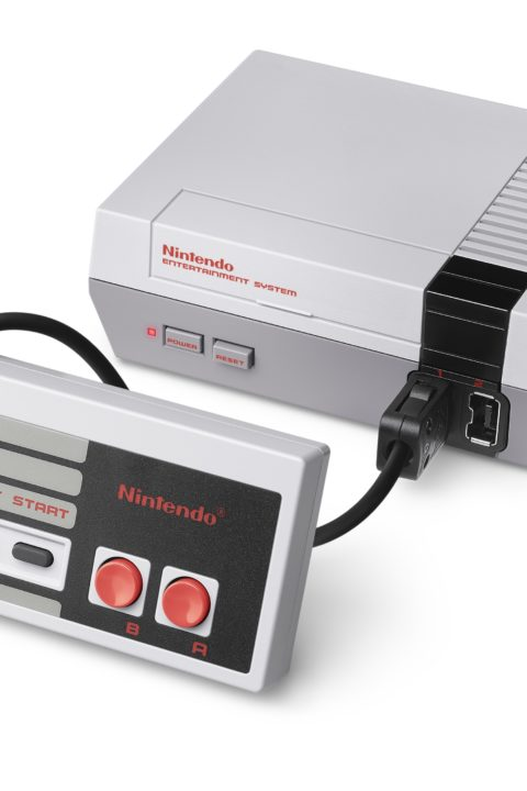 IM1739: Nintendo Classic Mini: Nintendo Entertainment System